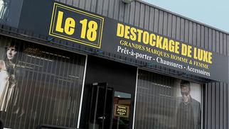 Le 18 Castelnau le Lez Magasin de déstockage de mode haut de gamme solde des articles qui présentent déjà des prix attractifs !( ® SAAM-Fabrice Chort)