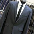 Le 18 Castelnau le Lez propose des costumes de mariage près de Montpellier grâce à un nouvel arrivage.(® networld-fabrice chort)