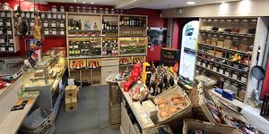 Le Panier d'Aimé vend des douceurs régionales à Montpellier dans son épicerie fine en centre-ville.(® SAAM-fabrice cHORT)