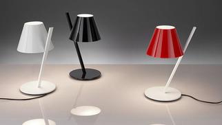 Luminaires Boudard Montpellier propose des idées-cadeaux lumineuses,, notamment la lampe Artémide en nouveauté (® boudard)