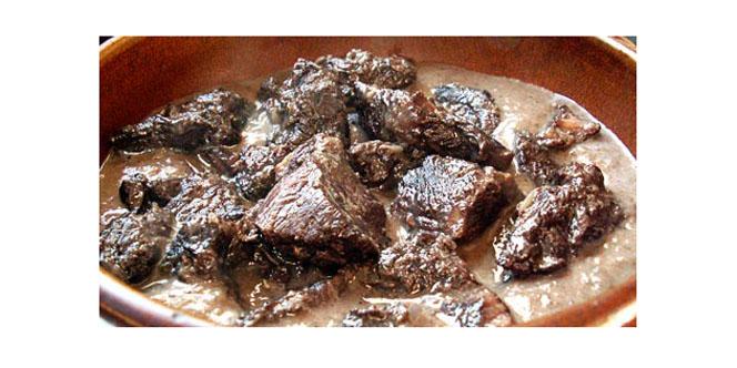 Maison Pourthié Candillargues reçoit une livraison de viande de taureau ce mercredi 6 juin.