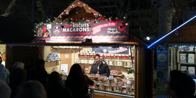 Maison Roux Montpellier Boutique de macarons bio vous reçoit sur le marché de Noël !