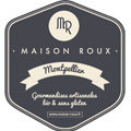 """Maison Roux Montpellier qui produit et vend des macarons artisanaux bio propose des boîtes de macarons pour la Saint Valentin """"Monsieur et Madame""""."""