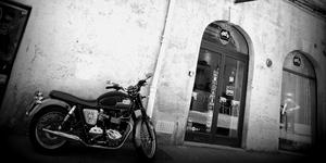 Slice of Life Shop Montpellier dédié à la Mode masculine solde de -30% à -50% des articles de marque signalés en centre-ville dans le quartier Saint Roch.(® Networld-chort)