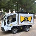 Sourire de Nestor Montpellier livre les repas en véhicule électrique.