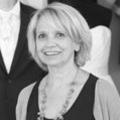 Ivoire et Blanc Mariage Montpellier, votre boutique spécialiste des tenues de mariage avec ses robes de mariées et ses costumes de marié est dirigé par Martine Taulelle au centre-ville (® NetWorld-Fabrice Chort)