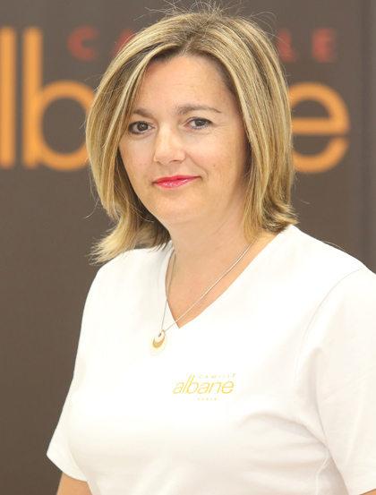 Le salon de coiffure camille albane montpellier dirig for Salon de coiffure camille albane