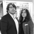 Optique Pérols Krys grand magasin d'opticien avec lunettes de marque, lunettes de soleil, lentilles et solaires est dirigé par Benjamin et Audrey Ayrivié dans la ZAC du Fenouillet.(® NetWorld-Fabrice Chort)