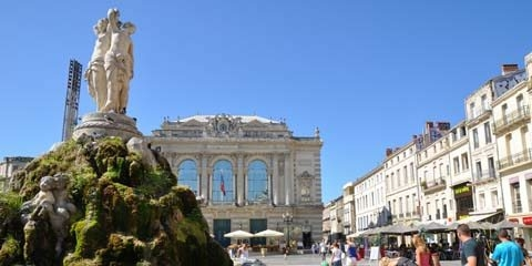 Place de la com die montpellier rue de la loge - Piscine place de l europe montpellier ...