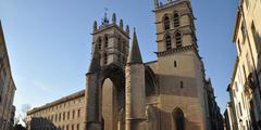 Vue de la Cathedrale St Pierre au centre-ville de Montpellier (credits photos: netWorld)