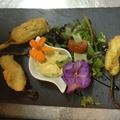 Recette - Beignets de fleurs de Courgette sauce tartare - restaurant La Girafe