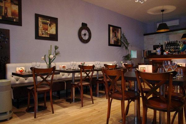 caf restaurant la suite montpellier antigone montpellier. Black Bedroom Furniture Sets. Home Design Ideas