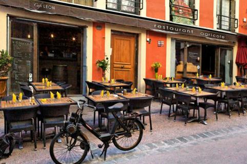 Le Café Léon Montpellier Restaurant propose une cuisine faite maison au centre ville de Montpellier dans le quartier Saint Roch.