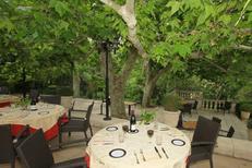 Le restaurant gastronomique Le Mazerand Lattes présente de magnifiques terrasses dans le Parc (® networld-fabrice Chort)