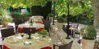 Le Mazerand est un restaurant gastronomique à Lattes qui propose une cuisine basée sur les produits locaux et méditerranéens dans un cadre d'exception aux portes de Montpellier.(® networld-fabrice chort)