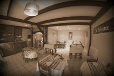 Salle du restaurant La Diligence sur l'avenue de Lodève de Saint André de Sangonis (credits photos :EDV-Fabrice Chort)