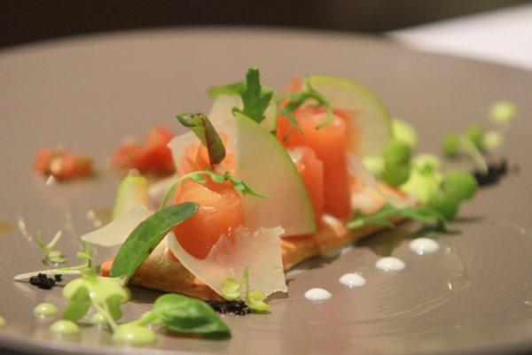 Le passionn restaurant gastronomique rue aristide - Prix du saumon ...