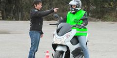 Cours de conduite Moto des auto-écoles EasyPermis dans les quartiers Clemenceau et Malbosc de Montpellier et dans la ville de Juvignac (credits photos : EDV-Fabrice Chort)